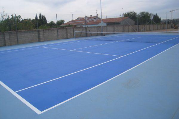 Courts de tennis en résine